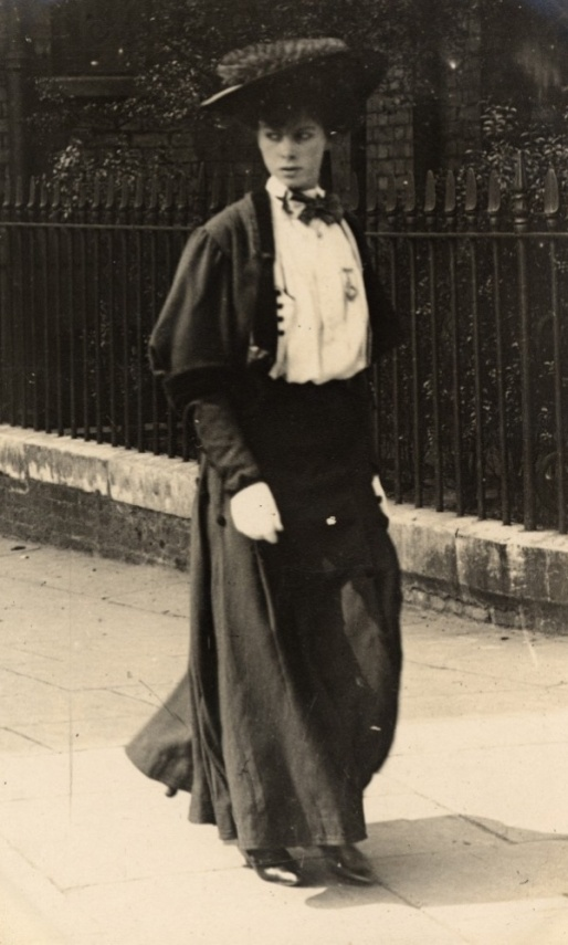 1906_ Cromwell Road